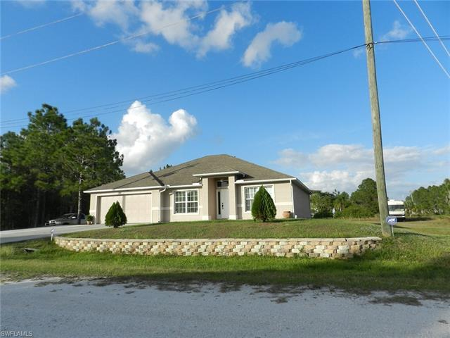 957 Hunter St E, Lehigh Acres, FL 33974