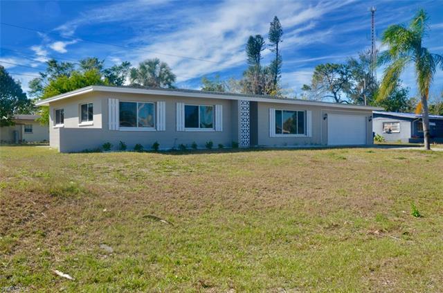 117 Oregon Rd N, Lehigh Acres, FL 33936