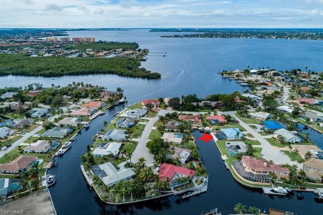 850 Hatchee Vista Ln, Fort Myers, FL 33919