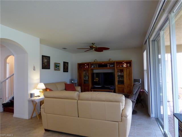 3432 Dandolo Cir, Cape Coral, FL 33909