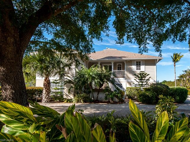 1582 Sand Castle Rd, Sanibel, FL 33957
