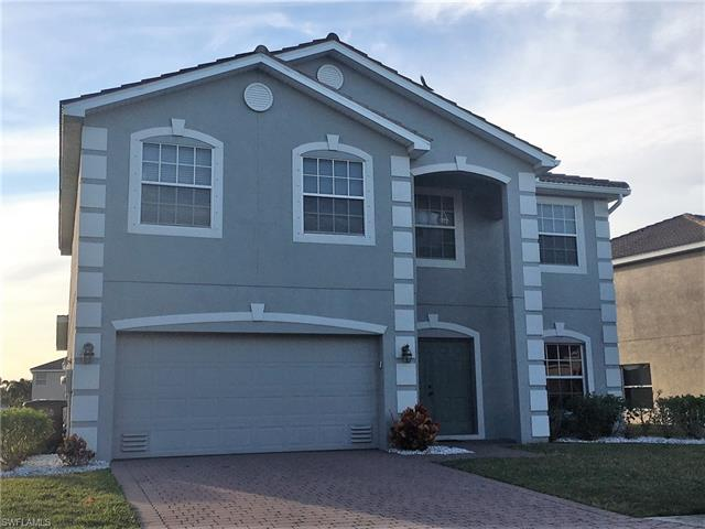 2000 Cape Heather Cir, Cape Coral, FL 33991