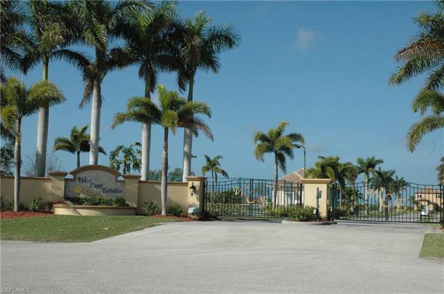 860 W Cape Estates Cir, Cape Coral, FL 33993