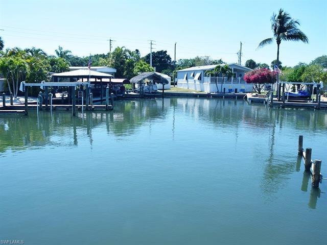 6 Emily Ln, Fort Myers Beach, FL 33931