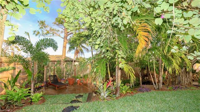 27221 Sun Aqua Ln, Bonita Springs, FL 34135