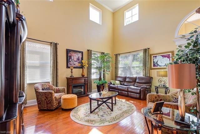 9500 Silver Pine Loop, Fort Myers, FL 33967