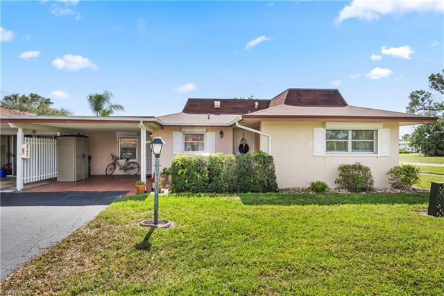 864 Pangola Dr, North Fort Myers, FL 33903