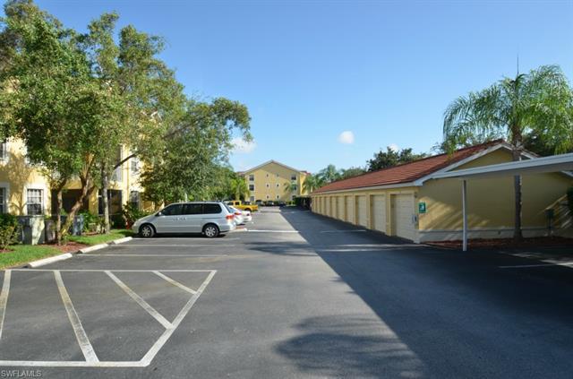 4720 Saint Croix Ln 113, Naples, FL 34109