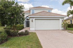 2460 Blackburn Cir, Cape Coral, FL 33991