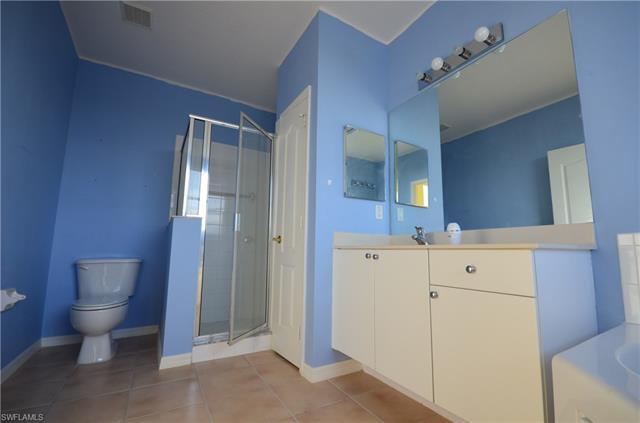 2715 Blue Cypress Lake Ct, Cape Coral, FL 33909