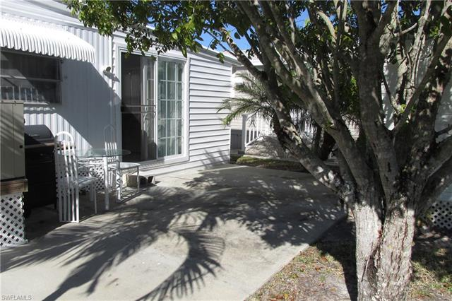 127 Cortez Way, Fort Myers Beach, FL 33931