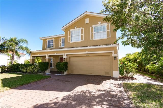 2078 Cape Heather Cir, Cape Coral, FL 33991