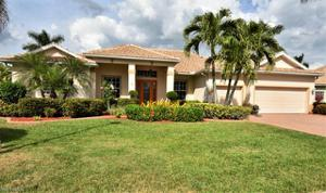 8913 Carillon Estates Way, Fort Myers, FL 33912
