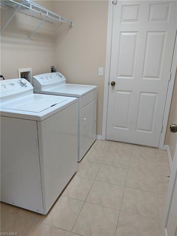 125 Nw 8th Pl, Cape Coral, FL 33993