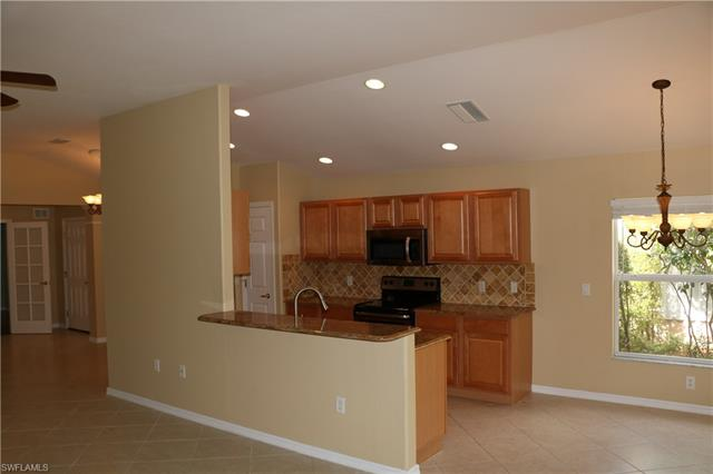 10091 Colonial Country Club Blvd, Fort Myers, FL 33913