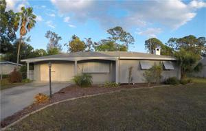 8624 Dartmouth St, Fort Myers, FL 33907