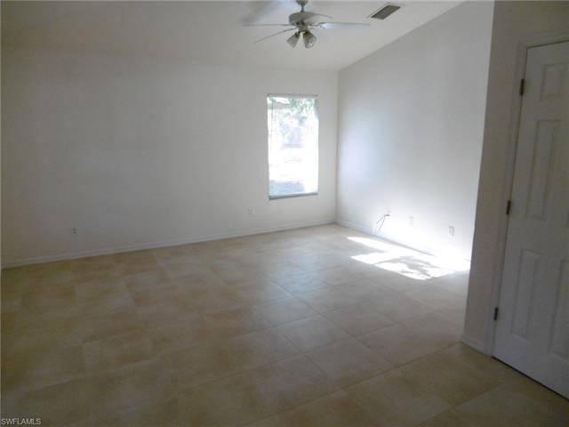 4456 Armeda Ave, Fort Myers, FL 33905