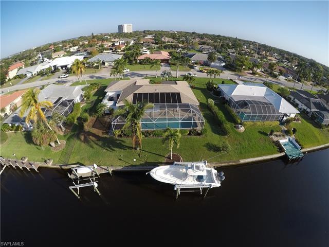 9831 Cypress Lake Dr, Fort Myers, FL 33919
