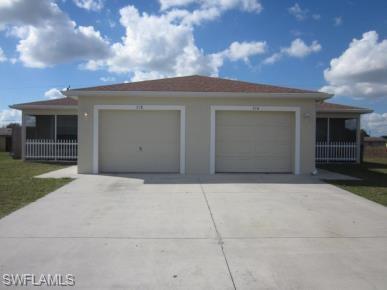 716 Gretchen Ave S, Lehigh Acres, FL 33973