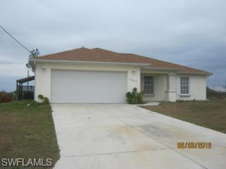 2804 66th St W, Lehigh Acres, FL 33971