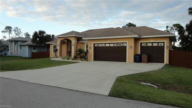 709 Connecticut Ln, Lehigh Acres, FL 33936