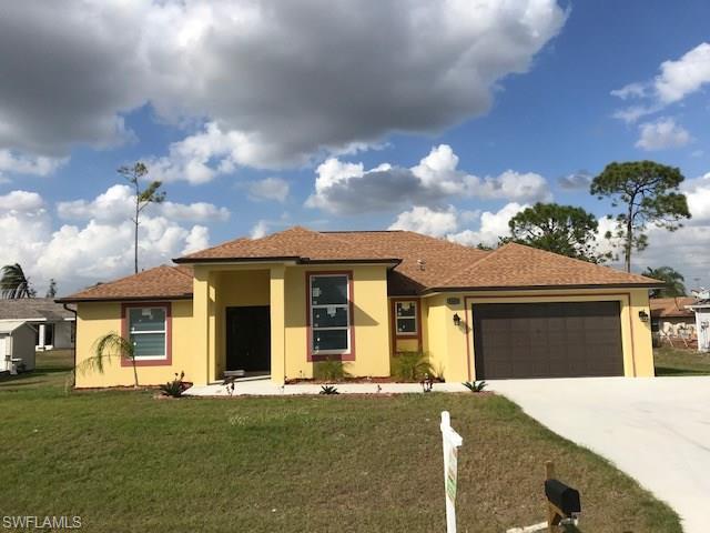 8069 Kansas Rd, Fort Myers, FL 33967
