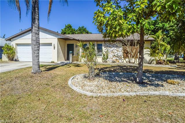 1417 Se 23rd St, Cape Coral, FL 33990