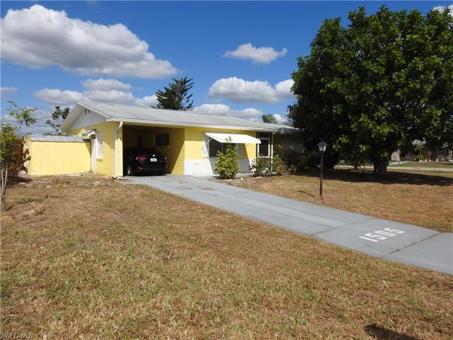 1505 Markdale St E, Lehigh Acres, FL 33936