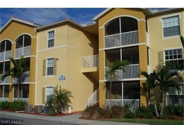 4122 Residence Dr 121, Fort Myers, FL 33901