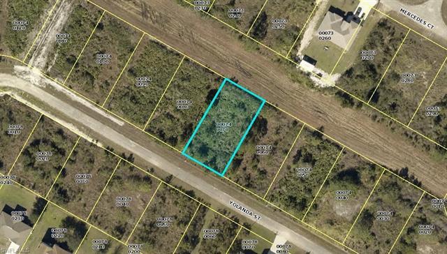 414 Yolanda St, Lehigh Acres, FL 33972