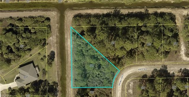 532 Greenly Ave S, Lehigh Acres, FL 33974