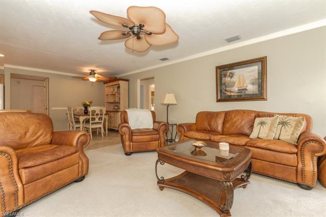 5631 Montilla Dr, Fort Myers, FL 33919