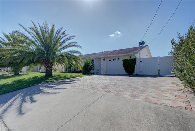4015 12th St W, Lehigh Acres, FL 33971