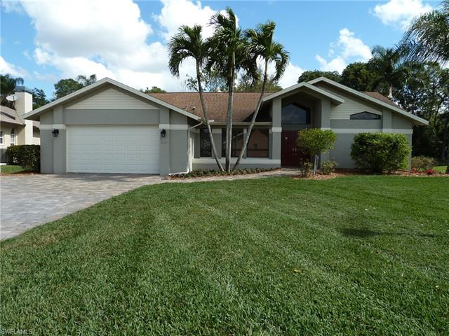 6651 Willow Lake Cir, Fort Myers, FL 33966