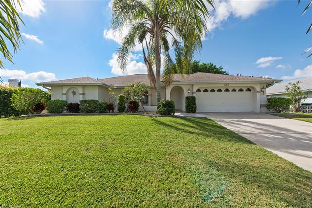 922 Se 28th Ter, Cape Coral, FL 33904