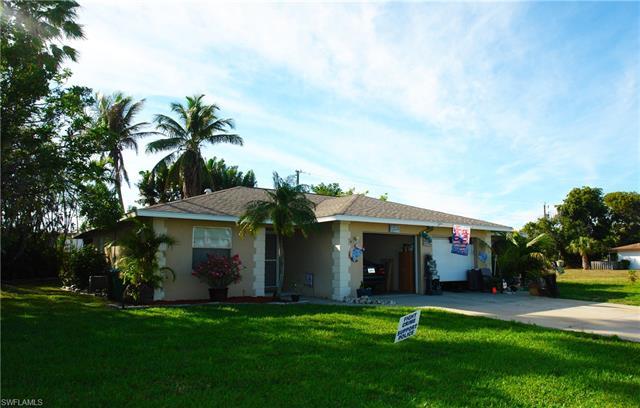 4842 Manor Ct A-b, Cape Coral, FL 33904