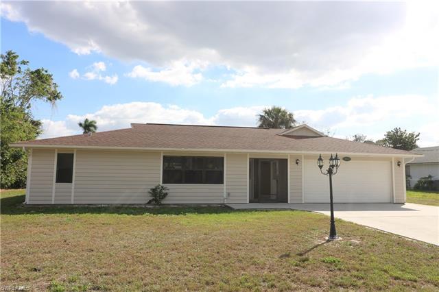 10910 Orangewood Dr, Bonita Springs, FL 34135