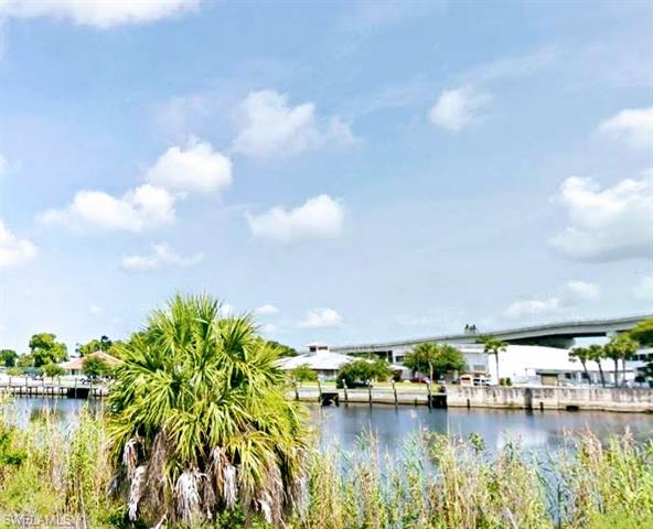 River Rd, Moore Haven, FL 33471