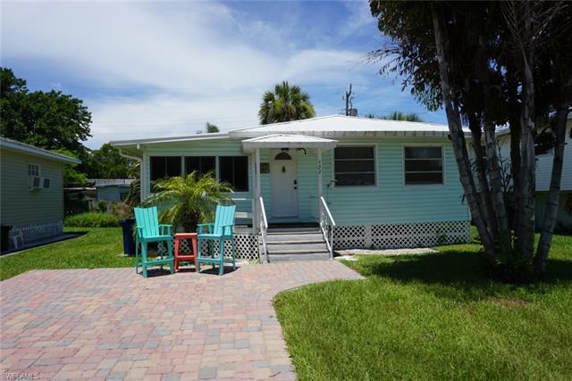127 Delmar Ave, Fort Myers Beach, FL 33931