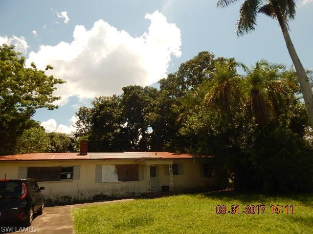 1646 Temple Ter, North Fort Myers, FL 33917