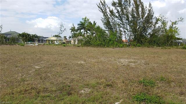 307 Se 29th Ter, Cape Coral, FL 33904