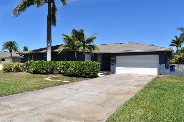 1561 Cumberland Ct, Fort Myers, FL 33919