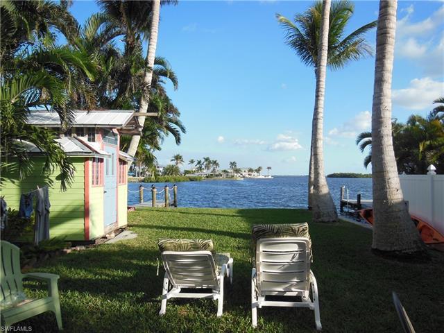 4733 Pine Island Rd Nw, Matlacha, FL 33993