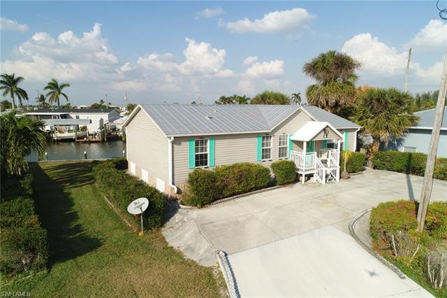 3844 Cruz Dr, St. James City, FL 33956