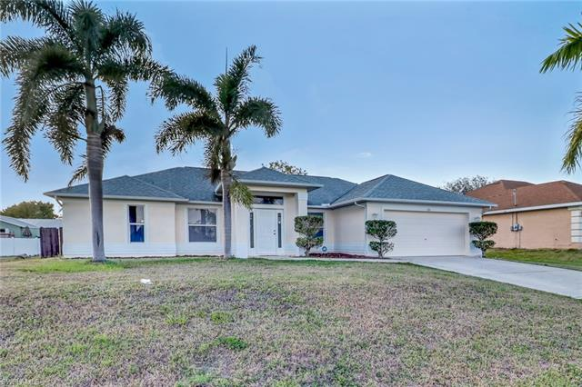1814 Ne 17th Pl, Cape Coral, FL 33909