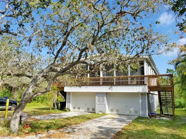 313 Nature View Ct, Fort Myers Beach, FL 33931