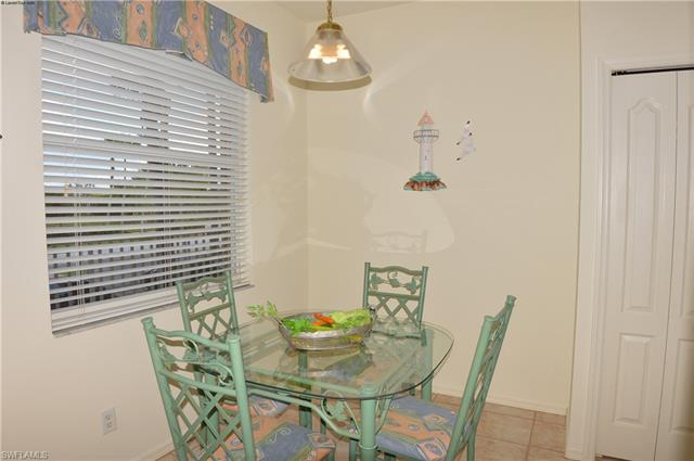 8106 Queen Palm Ln 124, Fort Myers, FL 33966