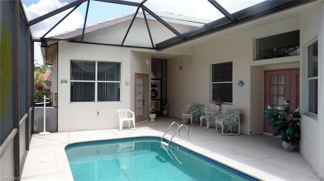 9521 Mariners Cove Ln, Fort Myers, FL 33919