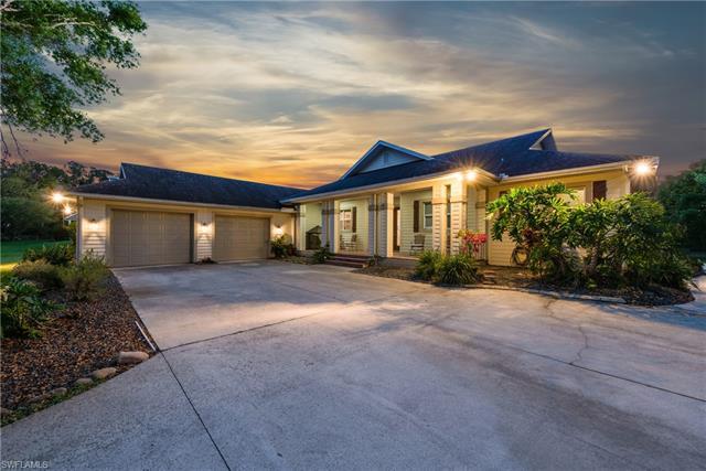 2800 Hickey Creek Rd, Alva, FL 33920