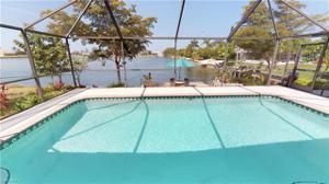 8 Se 12th Ave, Cape Coral, FL 33990